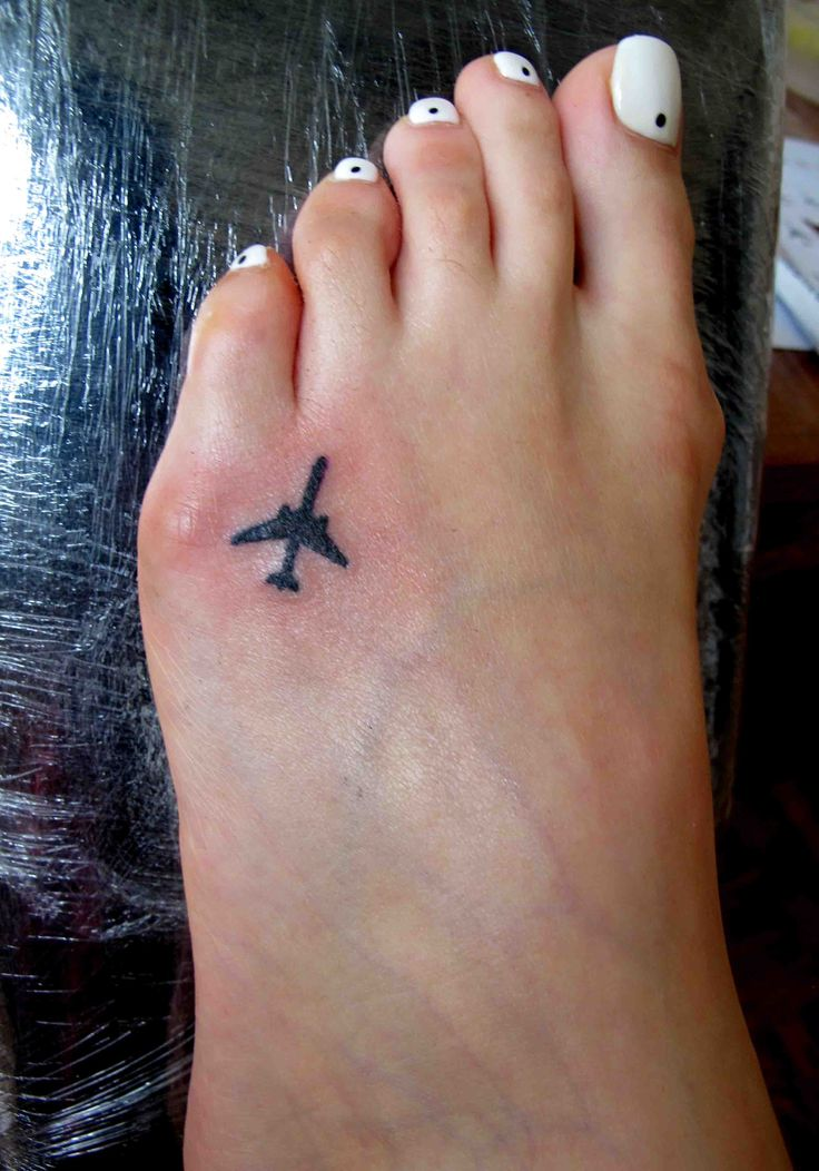 Тату самолет рисунок