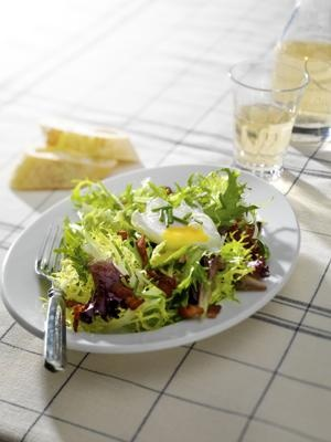 Frisee Salad with Bacon and Poached Egg (Salade Lyonnaise)