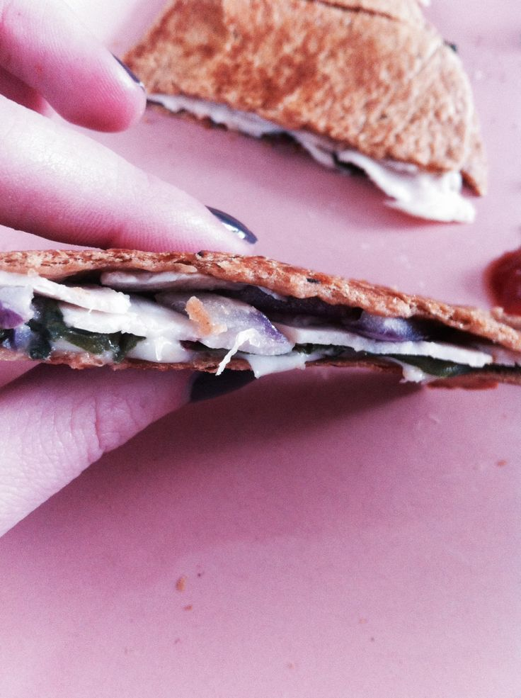 ... cheese, Sliced natural turkey breast, Red onion, Kale, spinach, Swiss