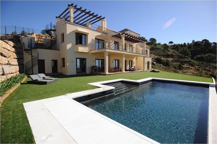Modern spanish style spanish style homes pinterest for Modern houses in spain