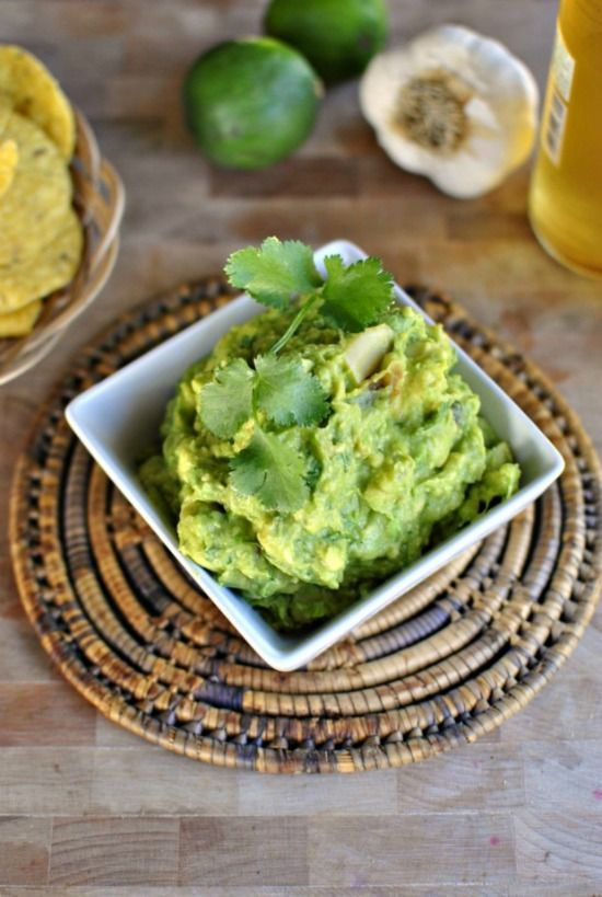 Roasted-Garlic-Guacamole-www.SimplyScratch.com