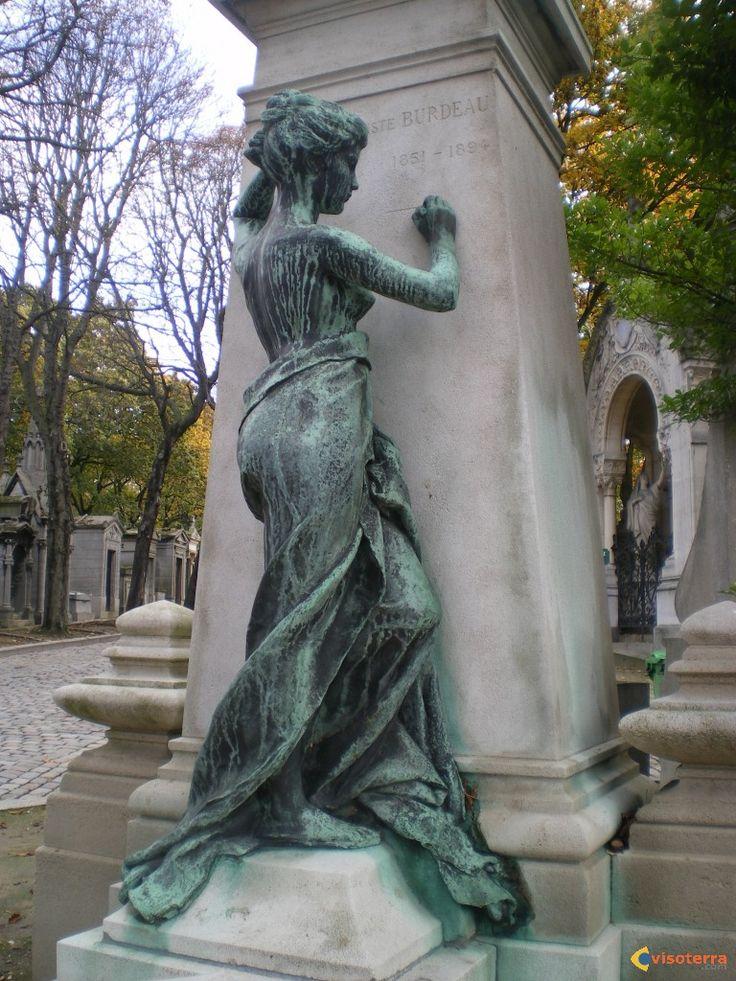 P re lachaise cemetery paris pere lachaise cimeti re - Cimetiere pere la chaise ...