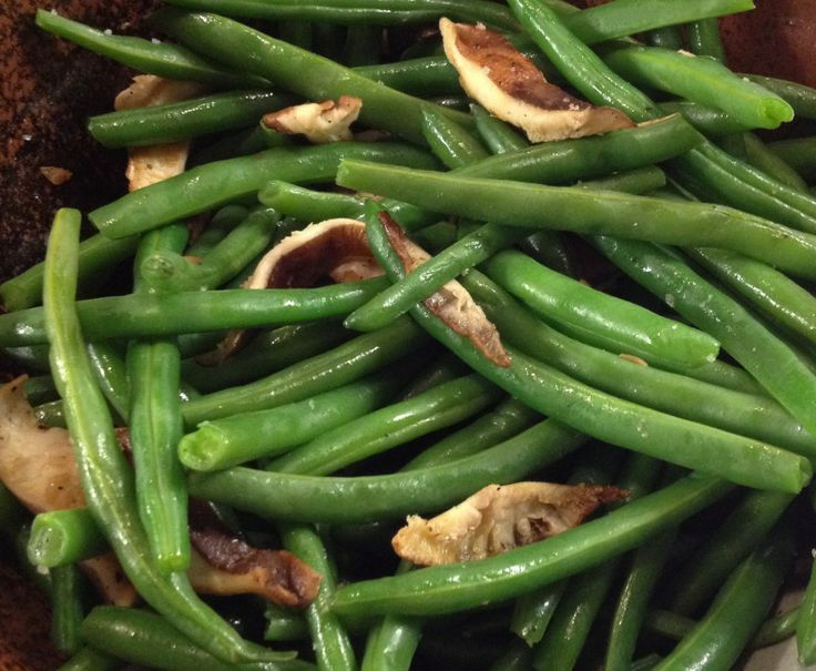 Fresh Green Beans With Bacon, Mushrooms & Herbs Recipes — Dishmaps
