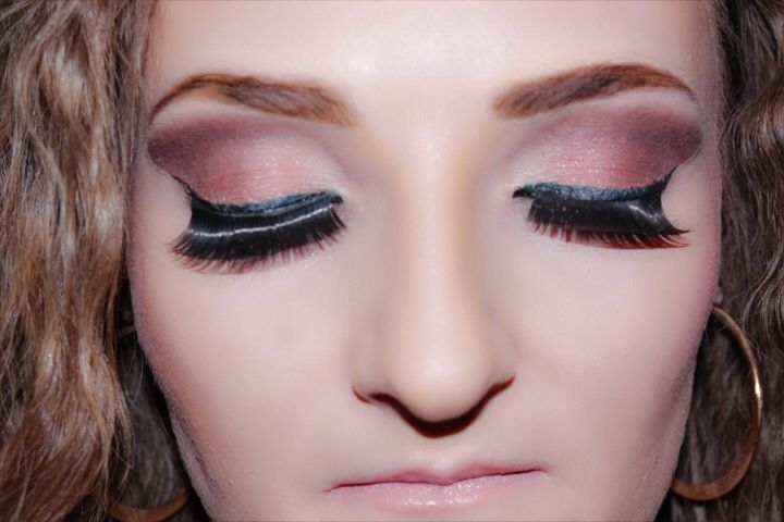 silver pink and brown eyeshadow beauty pinterest