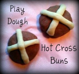 play hot cross buns