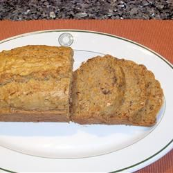 Easter Recipes: Cinnamon Carrot Bread | Holidays | Pinterest
