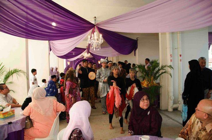 Wedding Gift Ideas Singapore : Why Malays hold their weddings in void decks KampungNet