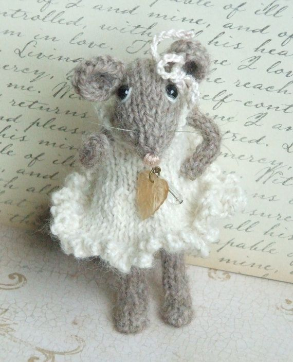 Knitting Pattern For Mouse Free : Knitted Mouse BUY 2 Patterns, GET 1 FREE