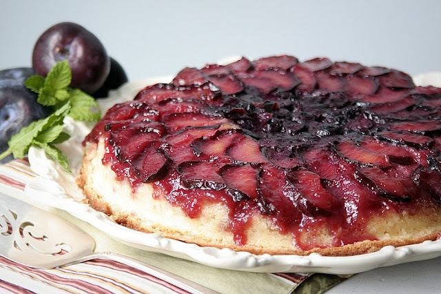Plum Blueberry Upside Down Cake | Cakes and Cookies and Such | Pinter ...
