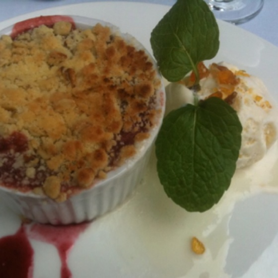 Strawberry and rhubarb crumble | diet killing sweets... | Pinterest