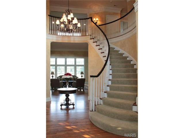 Sweeping Staircase Unique Home Features Pinterest