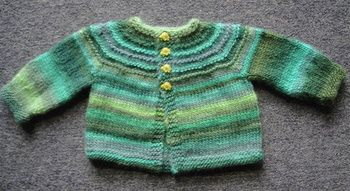Baby Jacket - 5 hour baby sweater - free knitting pattern - Crystal