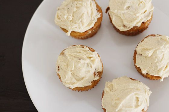 Banana Muffin with Honey Cinnamon Frosting