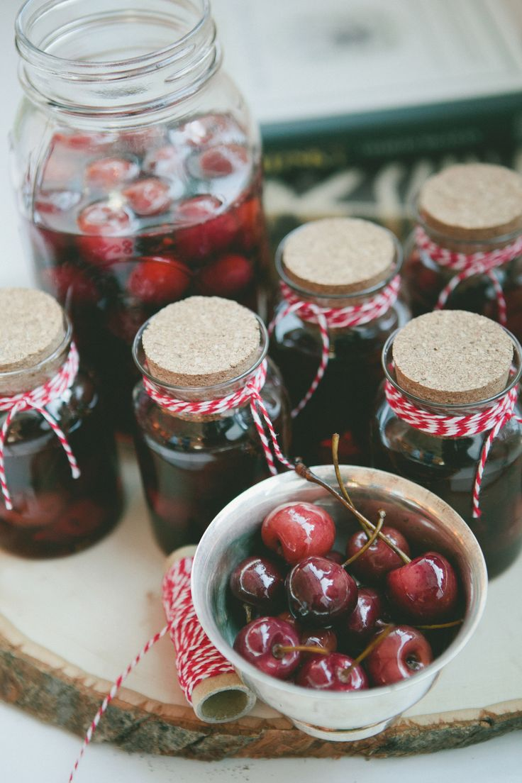 Bourbon Soaked Cherries #party #entertaining #entertainingideas