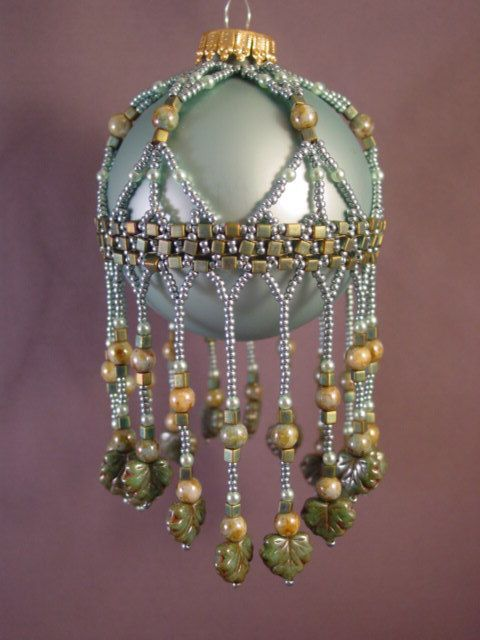 Cleopira beaded christmas ornament cover pattern