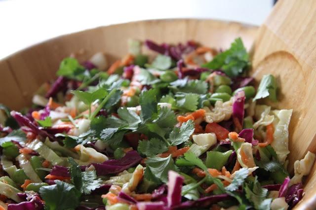 ASIAN SLAW WITH GINGER-PEANUT DRESSING | Vegetarian goods | Pinterest