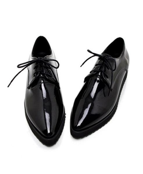 Black Patent Point Flatform Shoes $58.70
