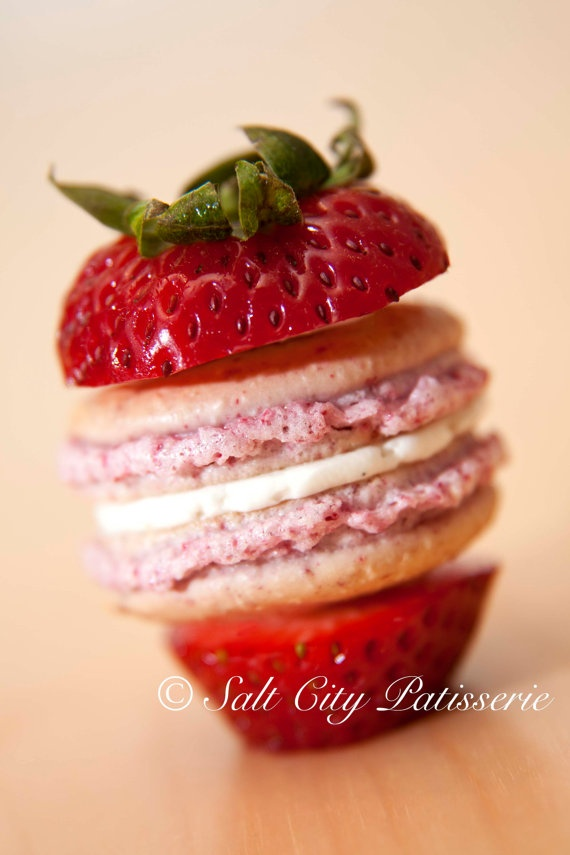 Strawberry vanilla bean French macarons via Salt City Bakery on etsy.