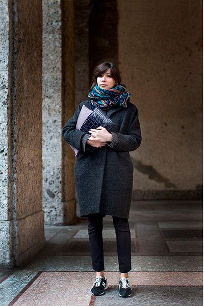 womans sneaker style. -insert- 02/64 baja  www.seavees.com