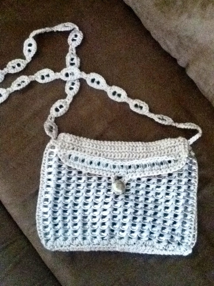 Crocheting With Pop Tabs : Crochet purse with pop tabs Coke Tab Items Pinterest