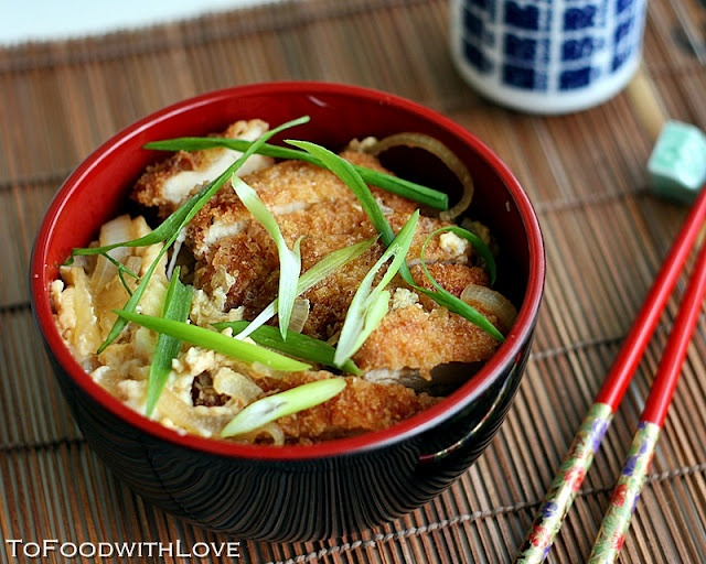 Love Japanese? Make Katsudon! Tender pieces of fried chicken cutlets ...