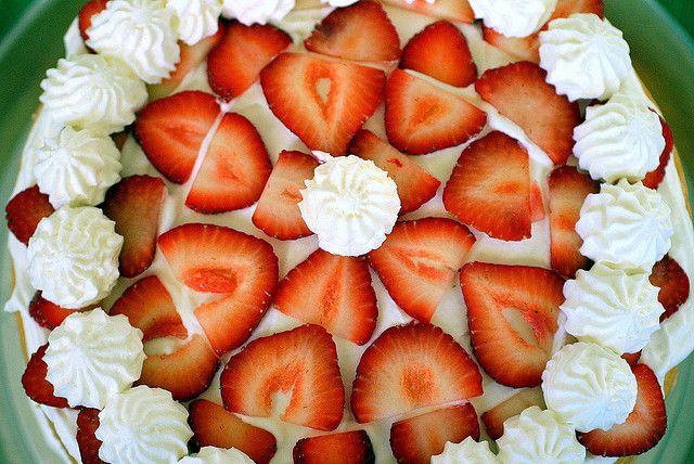 Strawberry chiffon shortcake   Sweet Cakes, Tarts & Pies   Pinterest