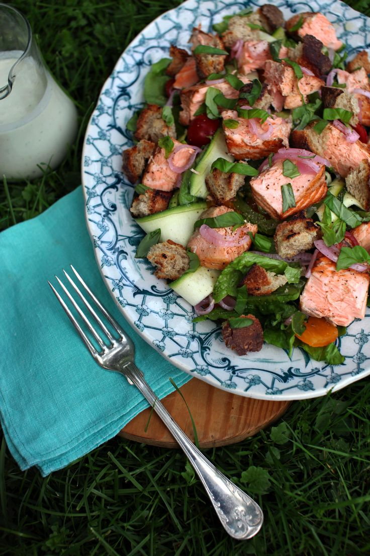 Grilled salmon and zucchini salad with green yogurt dressing - www ...