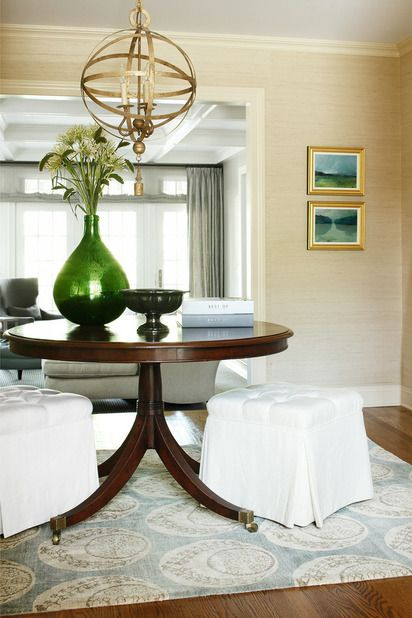 Foyer Table Rooms To Go : Neutral grasscloth foyer wallpaper