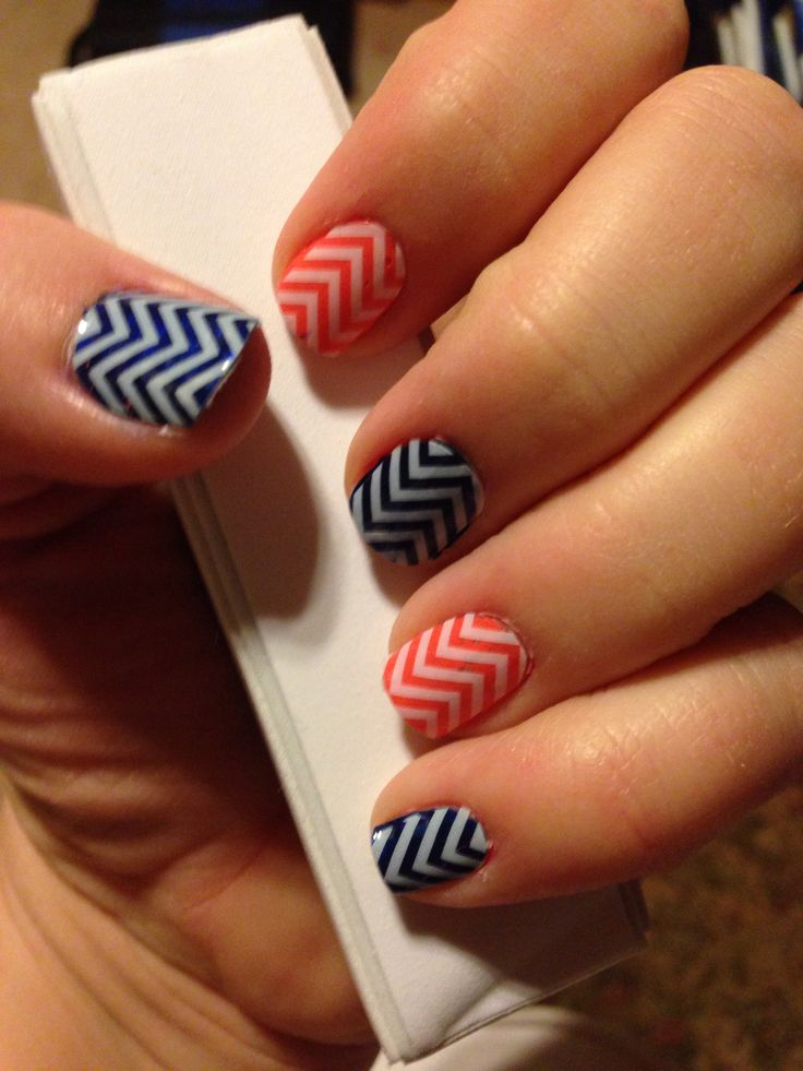 OKC Thunder or Denver Broncos nails! Www.kables.jamberrynails.net