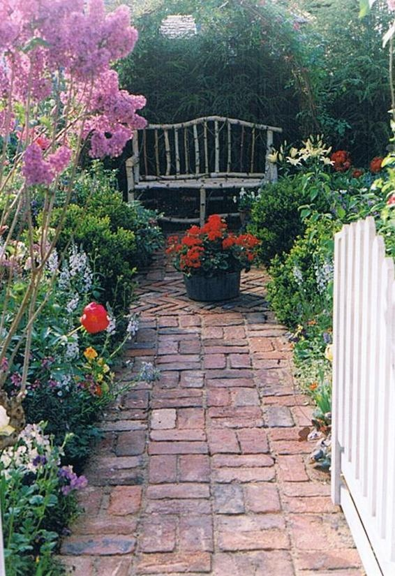 dekoracje do ogrodu, ogród przydomowy, dekoracje ogrodowe