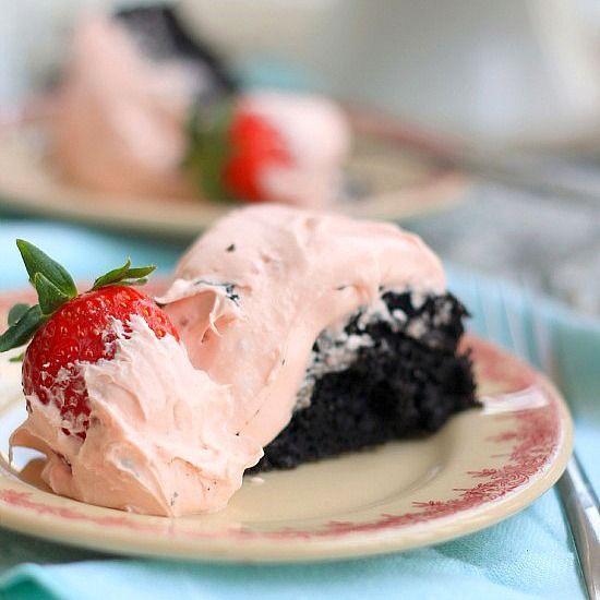 White Chocolate Covered Strawberry and Dark Chocolate Fudge Cake | Re ...