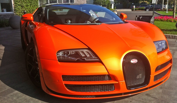 How the Bugatti Veyron Grand Sport Vitesse can punch all your buttons: Motoramic Drives | Motoramic - Yahoo! Autos