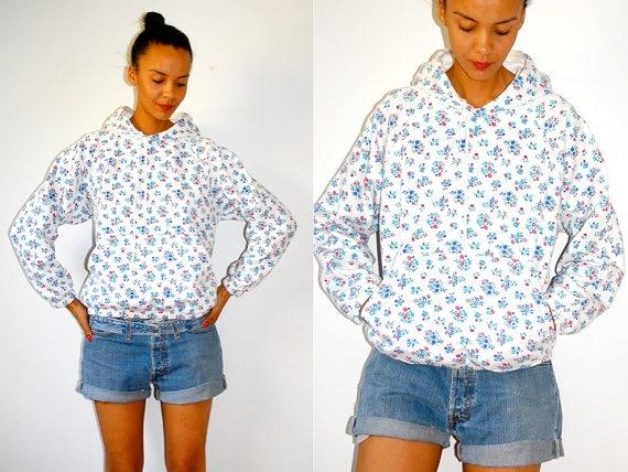 Vtg 80s Floral Print White Cotton Hoodie Sweatshirt by LuluTresors