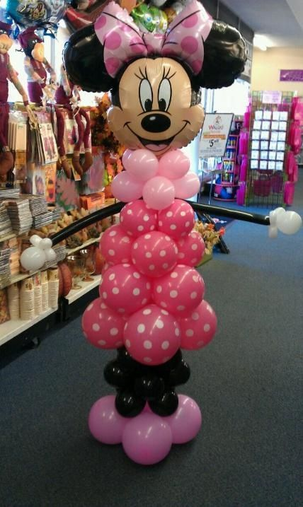 Minnie mouse pink balloon decor disney disney pinterest for Balloon decoration minnie mouse