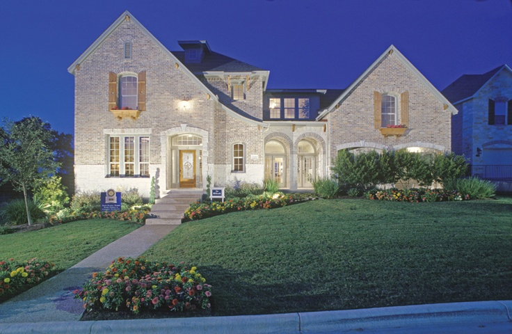 Modelhomegallery david weekley homes austin for Austin stone house plans