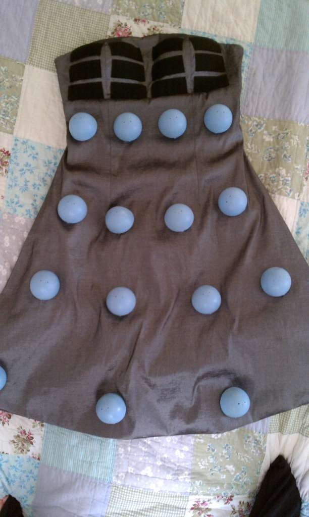 how to make a dalek costume