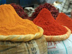 Turmeric contains an antioxidant calledcurcumin, which has been found to inhibit the growth of a type of plaque that accumulates in the brains of people with Alzheimer's.