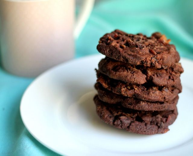 Bacon Chocolate Sable Cookie | Mmmm dead pig - love me some BACON ...