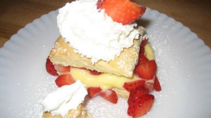 Best Ever Strawberry Napoleons   Desserts   Pinterest