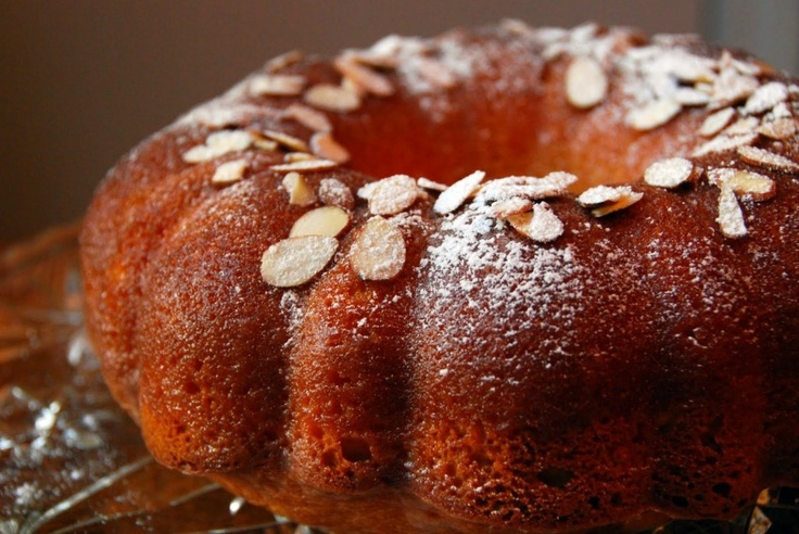 Amaretto Cake....You can't beat a cake with alcohol in it!