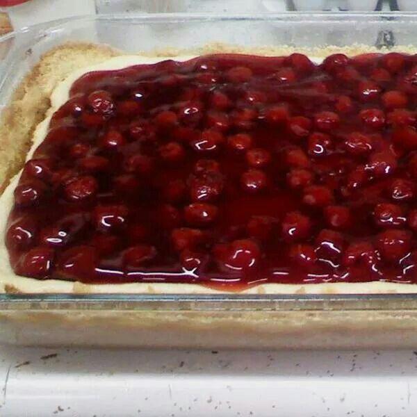 Cherry top cheesecake
