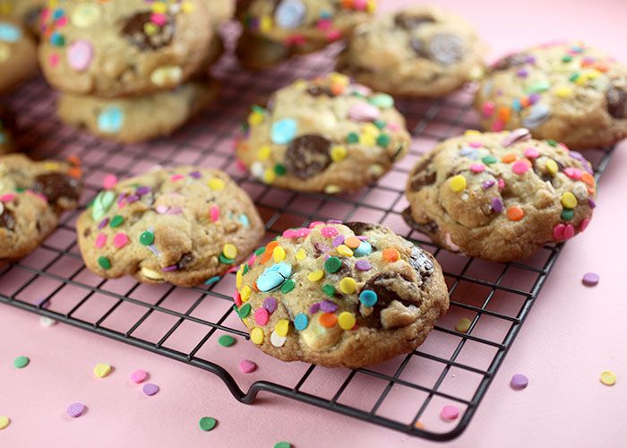 Chocolate Chip Confetti Cookies | yum!! | Pinterest