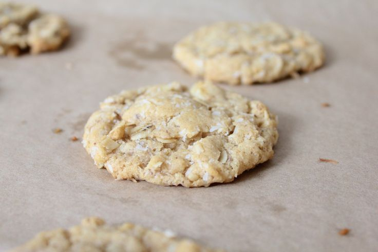 Chewy Coconut Oatmeal Cookies | YUM! | Pinterest