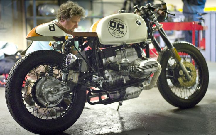 Stunning Cafe Racing Beemer.