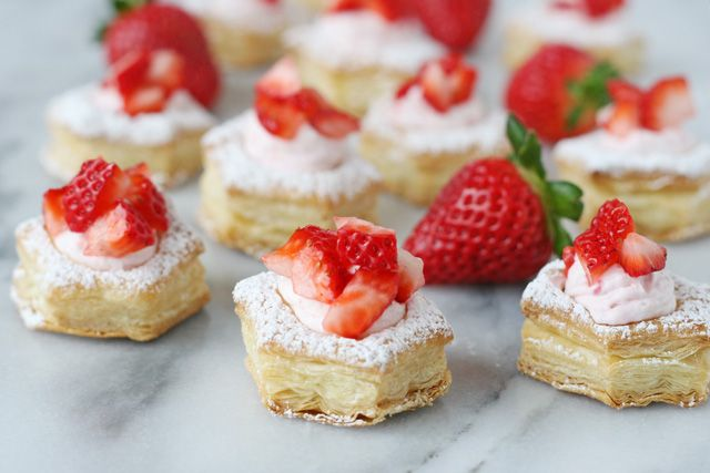 Strawberry Cream Puffs, using Pepperidge Farms Puff Pastry Cups.