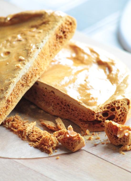 Honeycomb toffee - so good on ice cream! | eaties | Pinterest