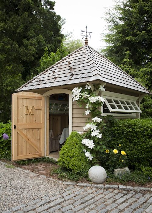 Garden shed inspiration the wood grain cottage for Pretty garden sheds