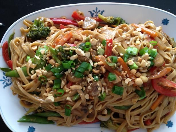 Thai Noodles With Spicy Peanut Sauce one of my favorite vegetarian ...