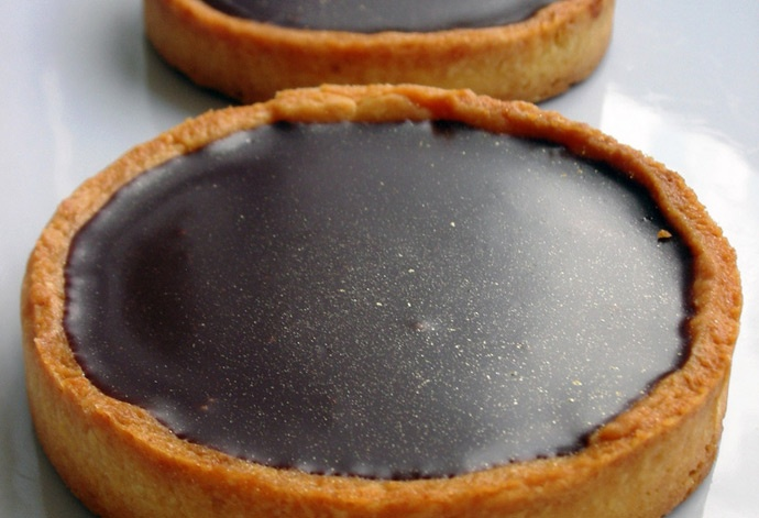 Love and chocolate go hand in hand with these chocolate souffle tarts