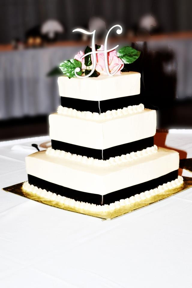 3 Tier Square Wedding Cake Cakes And Cupcakes Pinterest